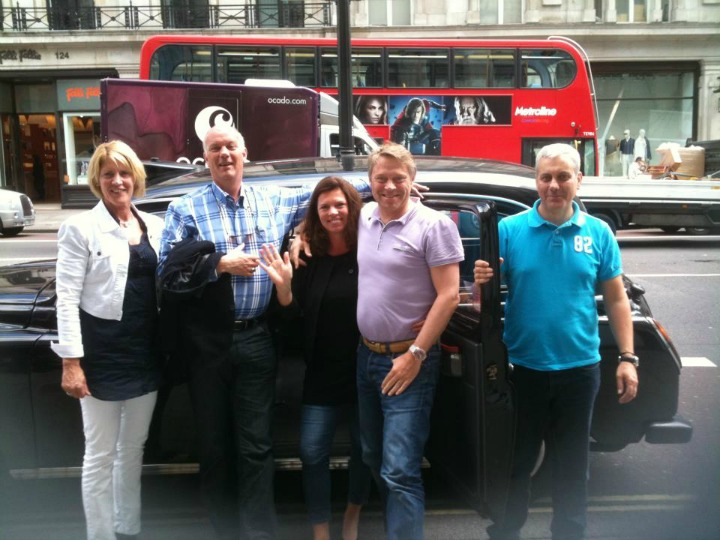 'James Bond' Treasure Hunt was for such a large group of visitors from Holland that we had to call up some top London cabbies who are not (yet) qualified guides and therefore part of the BCHT team - here is cabbie Terry James (furthest right) with his happy hunters!
